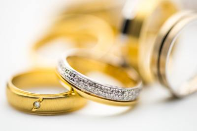 Factors to Consider When Selecting Custom Jewelry